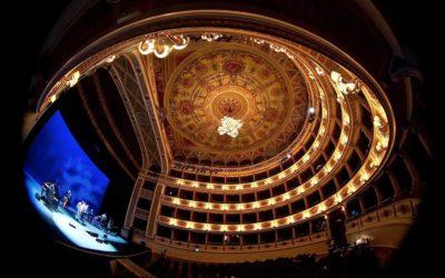 Zdislava se vkvětnu představí jako Clorinda zRossiniho opery La Cenerentola vitalském Teatro Lirico Sperimentale.
