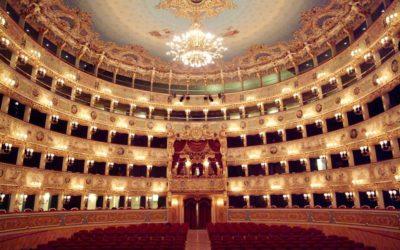 Zdislava vystoupila jako Olga vLehárově operetě Veselá vdova vTeatro La Fenice vBenátkách
