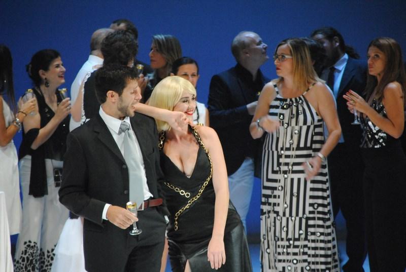"""""""Teatro Lirico Sperimentale, great success for the contemporary Violetta from La Traviata"""""""
