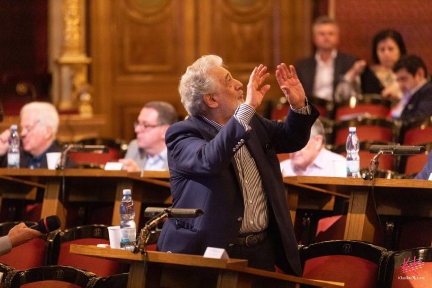 Plácido Domingo for Czech TV about Lada Bočková